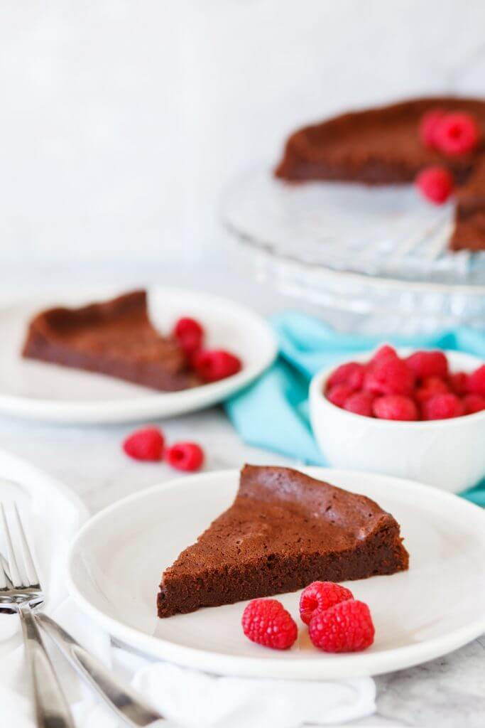 Chocolate Souffle Cake With Raspberry Sauce