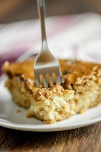 Mom's Best Apple Cake