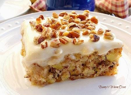 Hot Breads Pineapple Cake Recipe