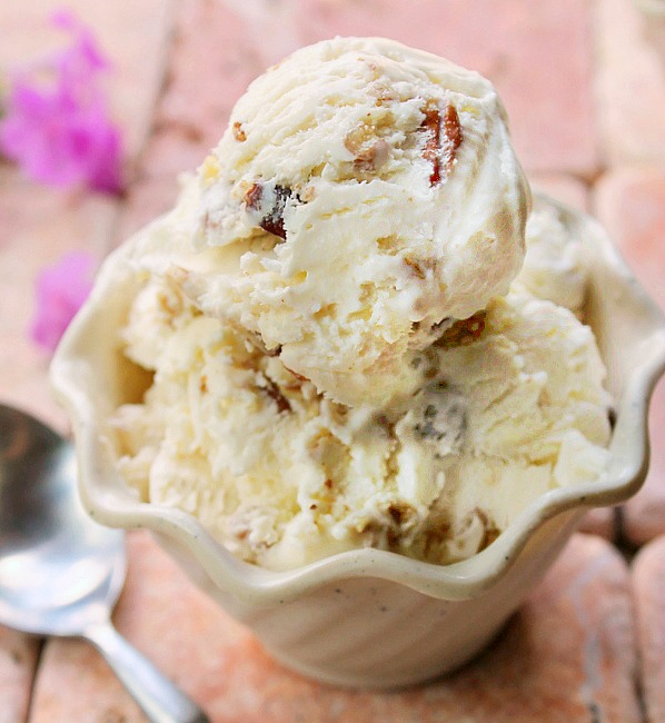 2 Ingredient Ice Cream without a Machine - Butter Pecan ...