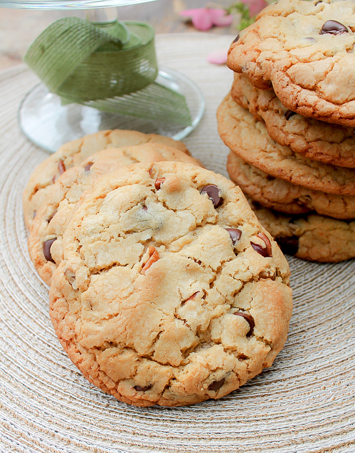 Bakery Style Chocolate Chip and Pecan Cookies Cookies