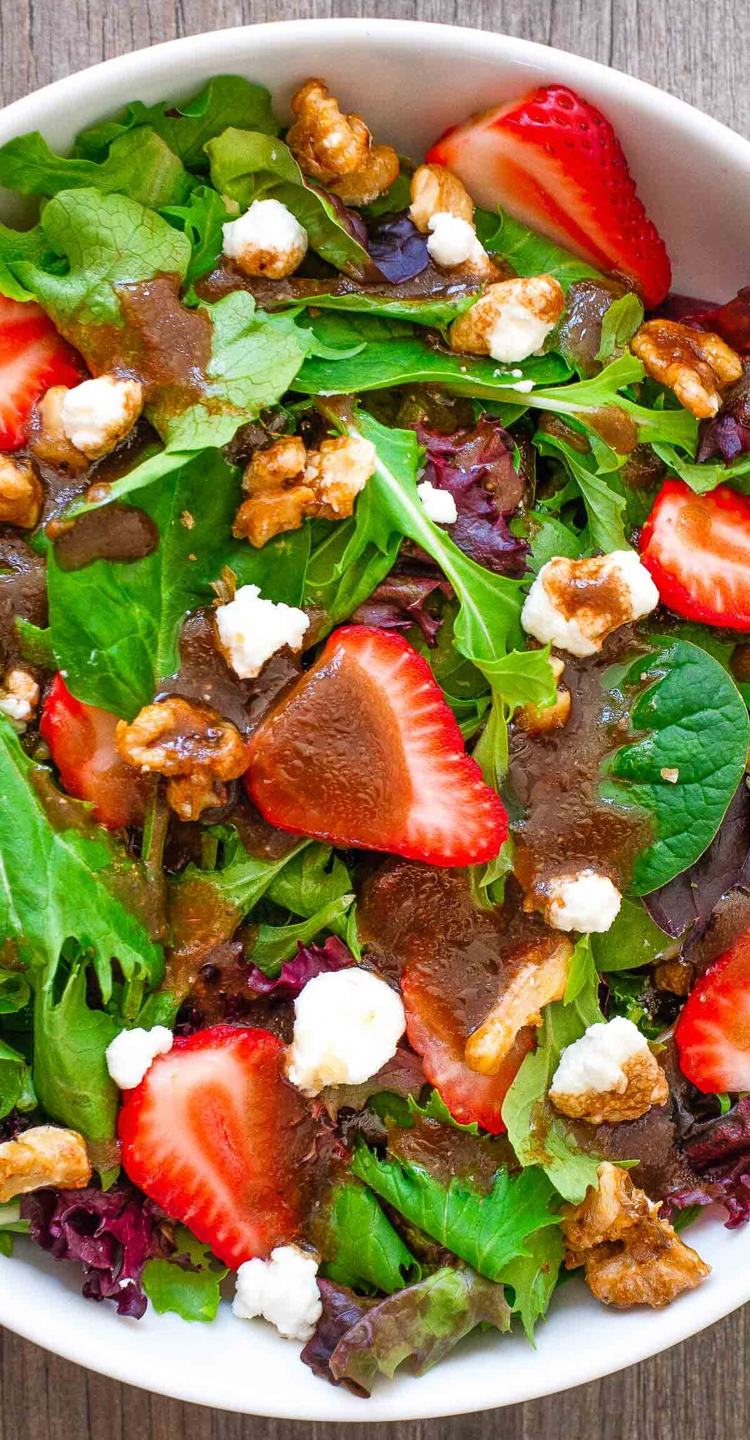 strawberry feta pecan salad