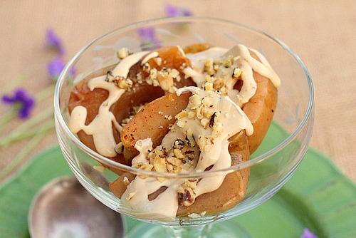 Crock Pot Apples with Lemon Sauce