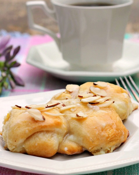 Lemon Cream Cheese Crescent Ring