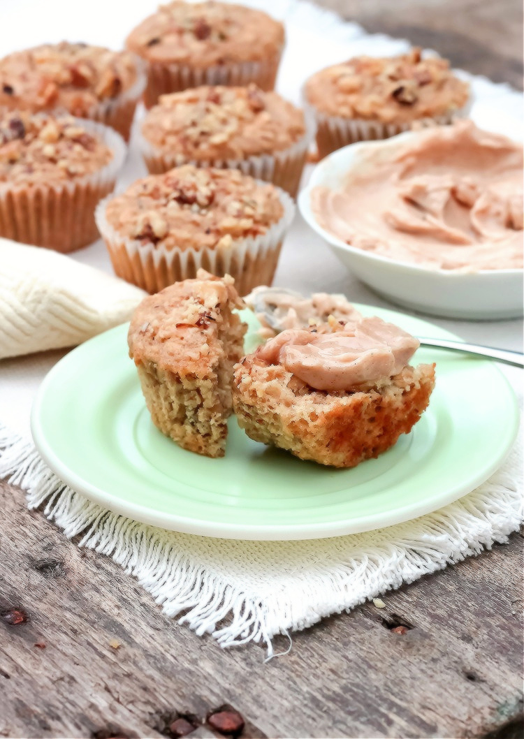 Maple Oatmeal Muffins with Spiced Maple Butter