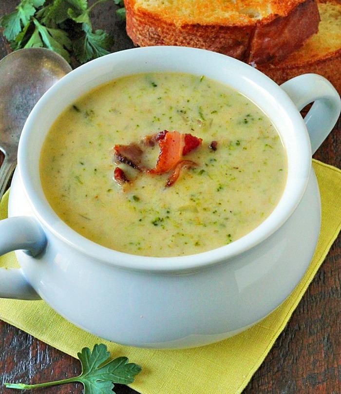 Cheesy Broccoli Soup