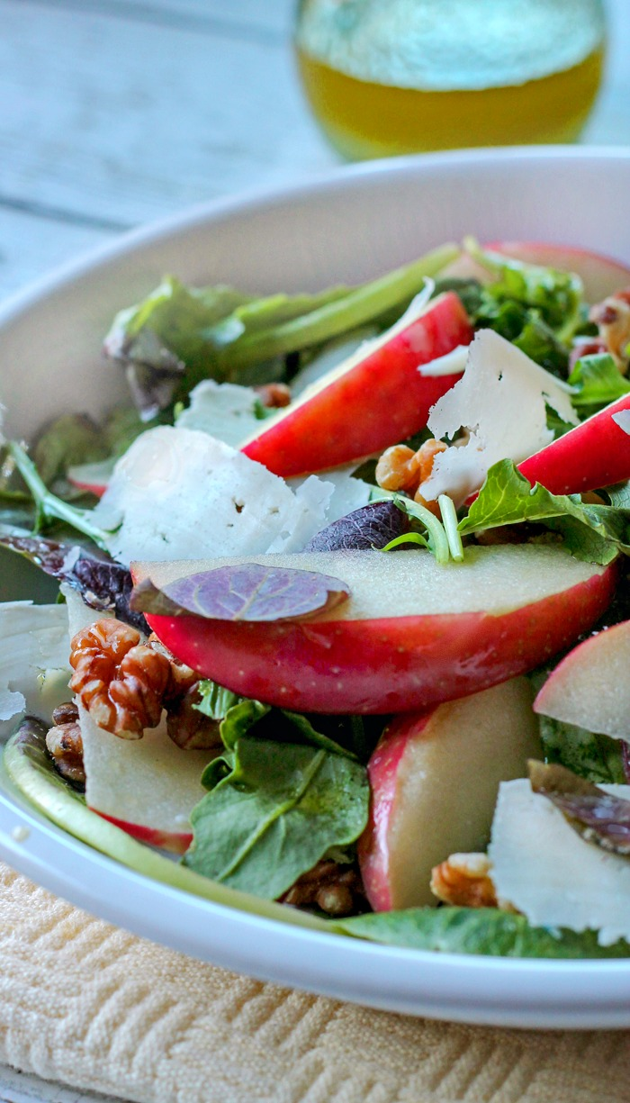 Apple Salad with Lemon Vinaigrette