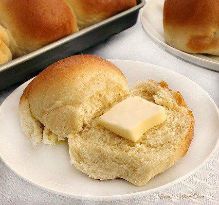 Butter Rich Dinner Rolls