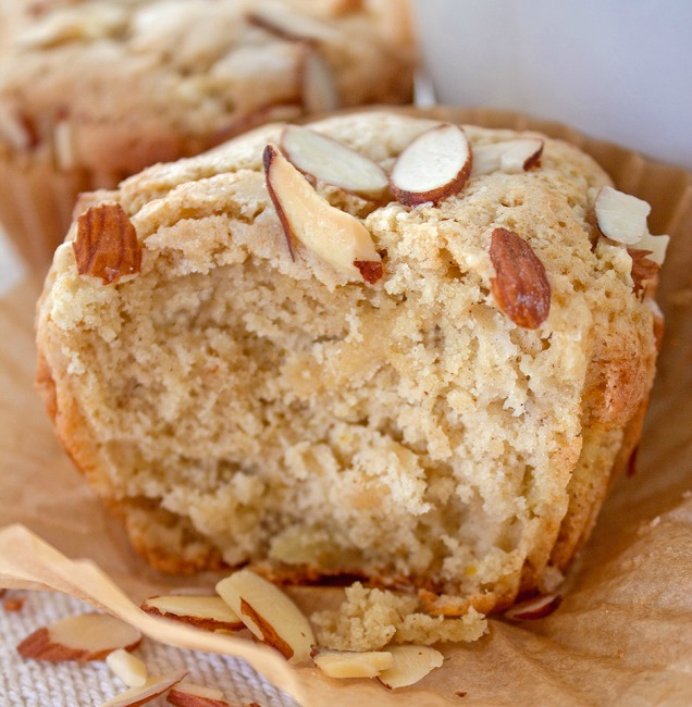 almond flour apple muffins