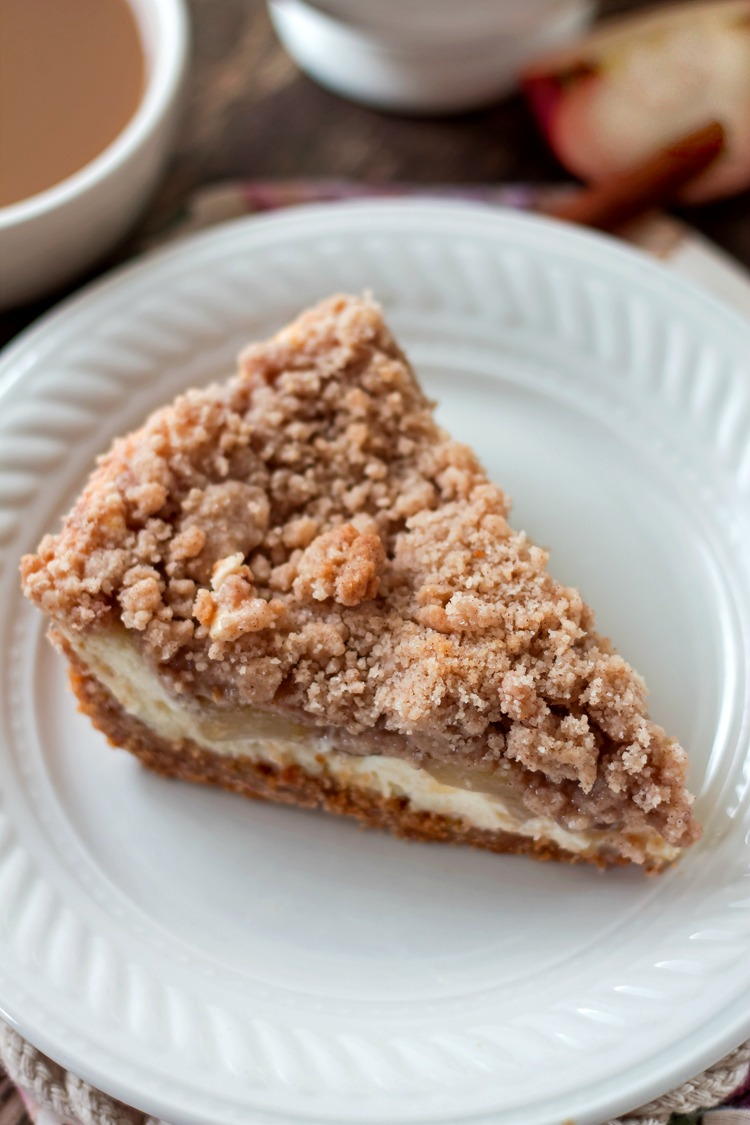Snickerdoodle Cream Cheese Apple Pie