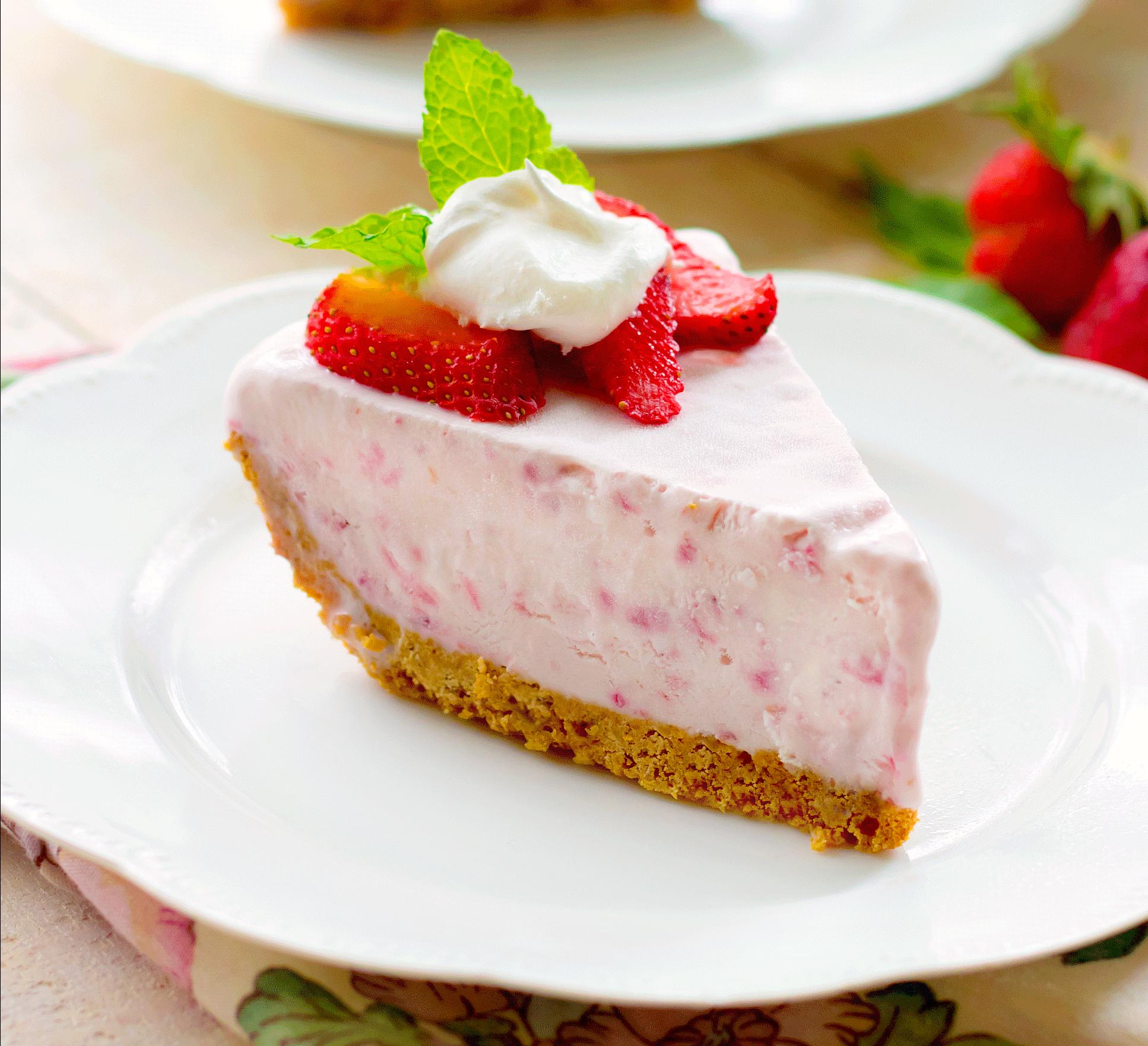 Frozen Strawberry Cream Pie