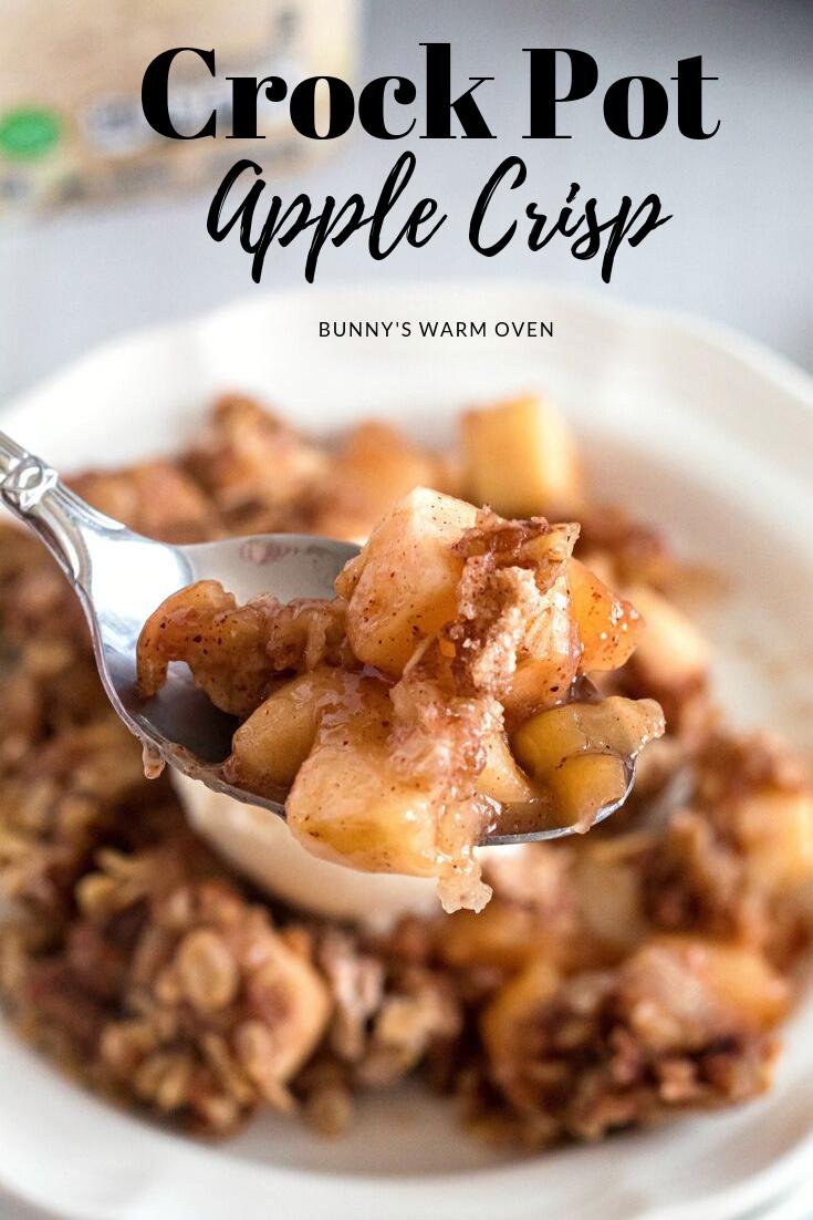 Crock Pot Apple Crisp via @BunnysWarmOven
