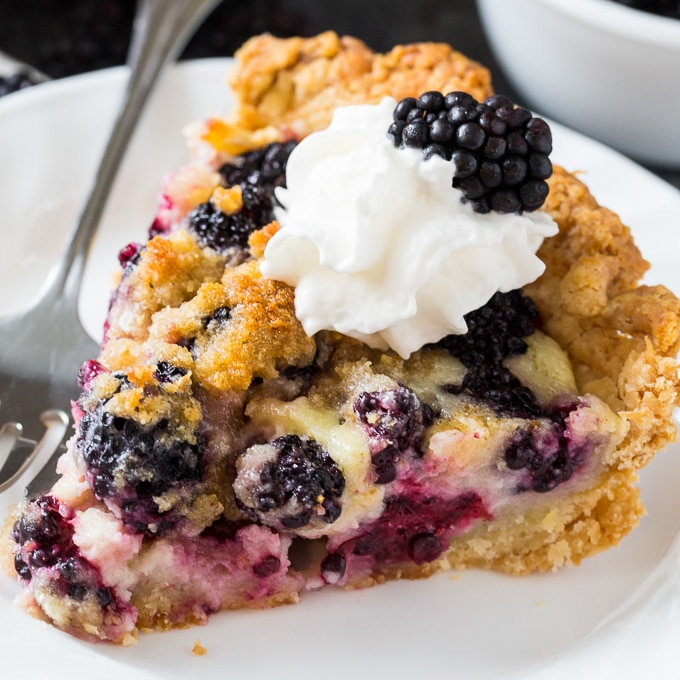 Blackberry Cream Pie